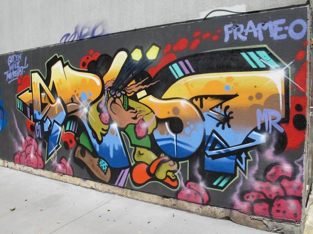 deansunshine_landofsunshine_melbourne_streetart_graffiti_stkilda sunday 1