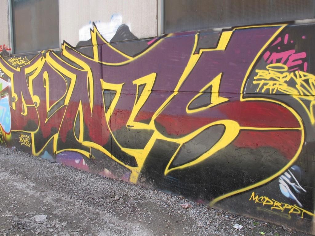 deansunshine_landofsunshine_melbourne_streetart_graffiti_stkilda sunday 11