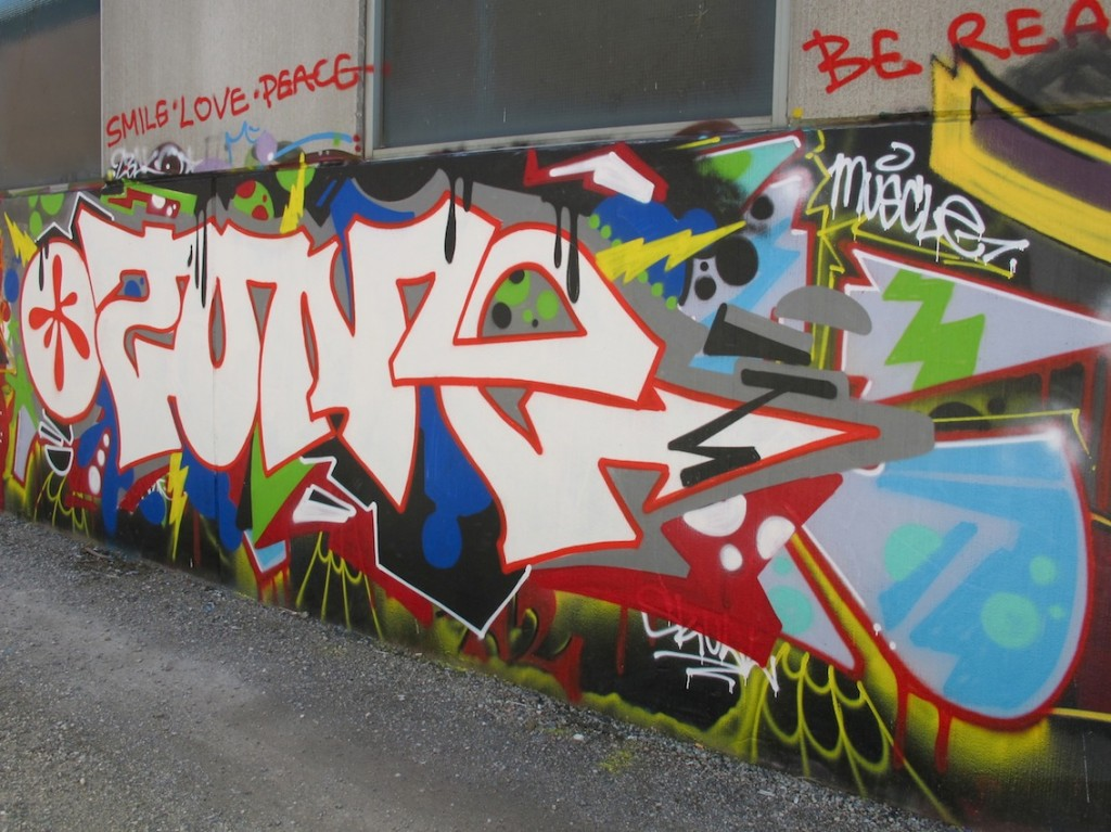 deansunshine_landofsunshine_melbourne_streetart_graffiti_stkilda sunday 12
