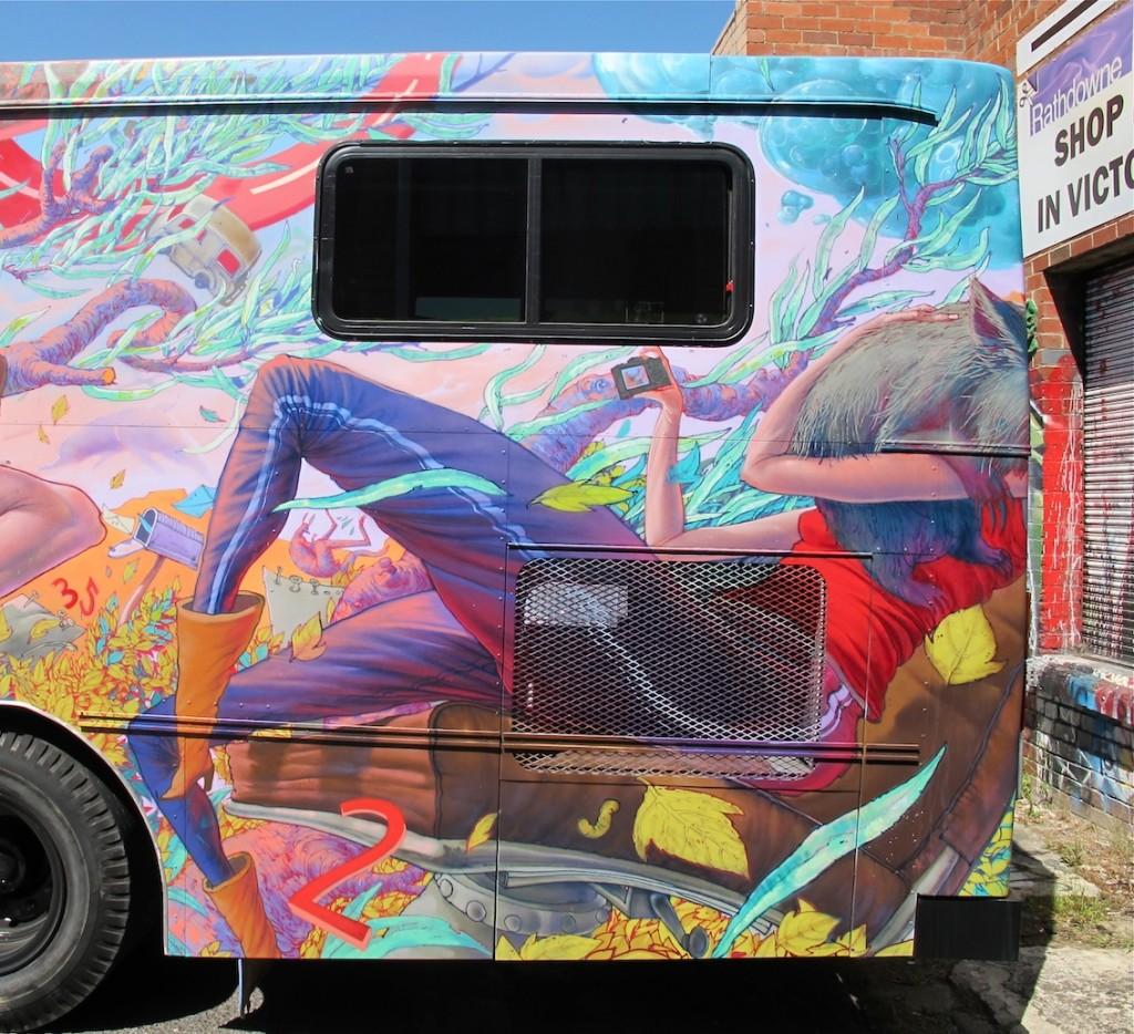 deansunshine_landofsunshine_melbourne_streetart_graffiti_JAWS bus 12