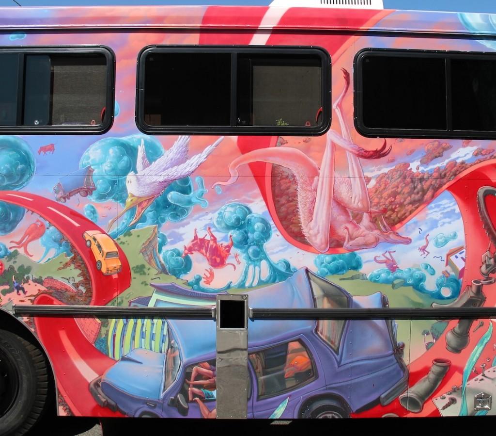 deansunshine_landofsunshine_melbourne_streetart_graffiti_JAWS bus 9
