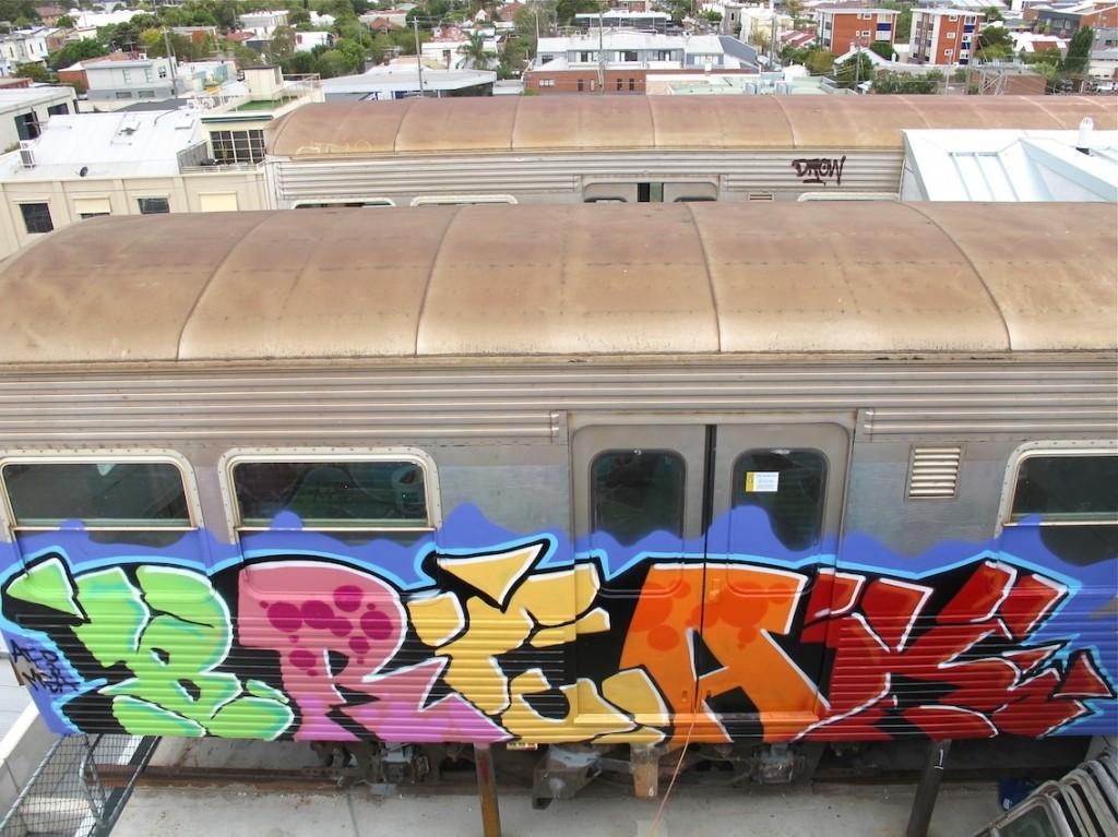 deansunshine_landofsunshine_melbourne_streetart_graffiti_craned trains bombed again 4