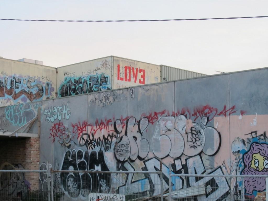 deansunshine_landofsunshine_melbourne_streetart_graffiti_LOVE melbourne 4
