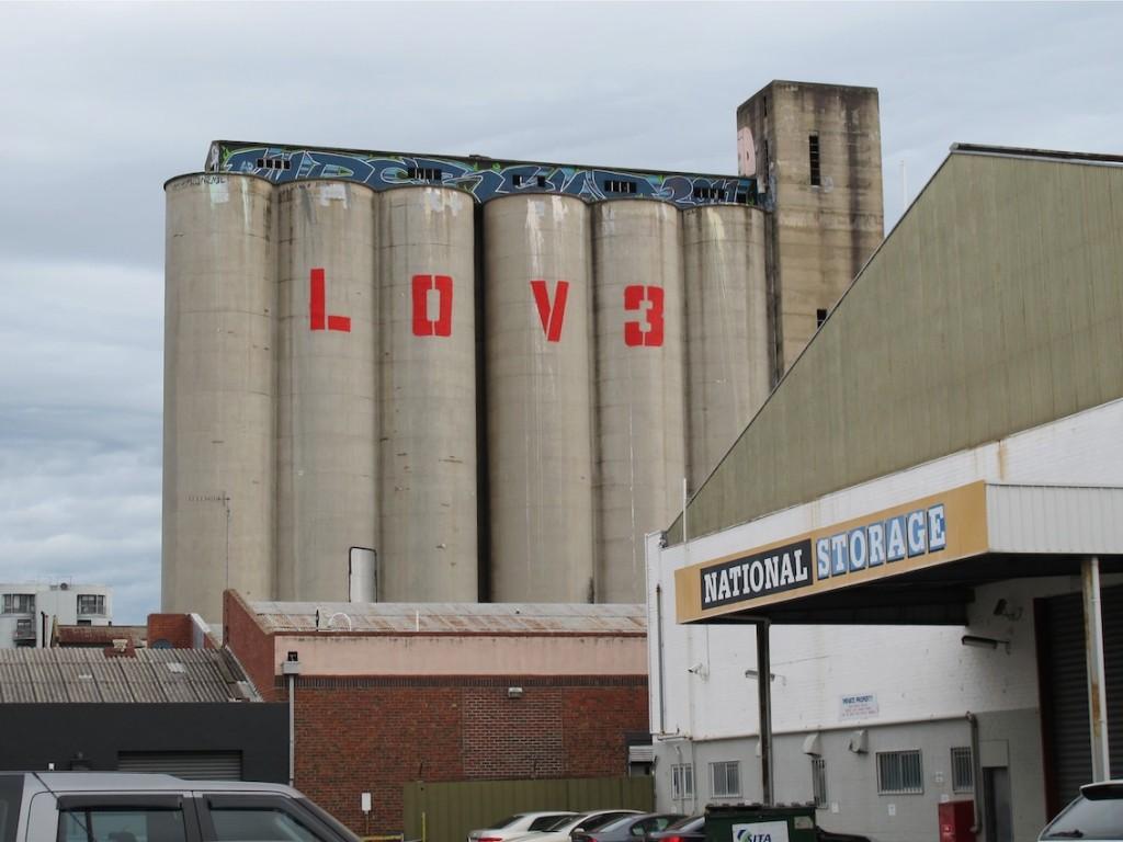 deansunshine_landofsunshine_melbourne_streetart_graffiti_LOVE melbourne 7