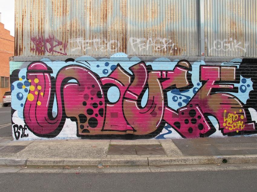deansunshine_landofsunshine_melbourne_streetart_graffiti_northumberland st 2014 5