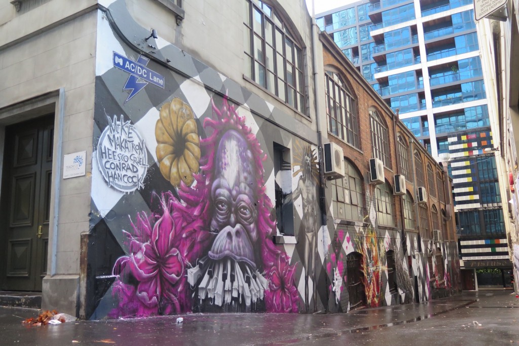 deansunshine_landofsunshine_melbourne_streetart_graffiti_invurt top ten 50 5 Makatron, Cruel, RAD, Heesco, Hancock