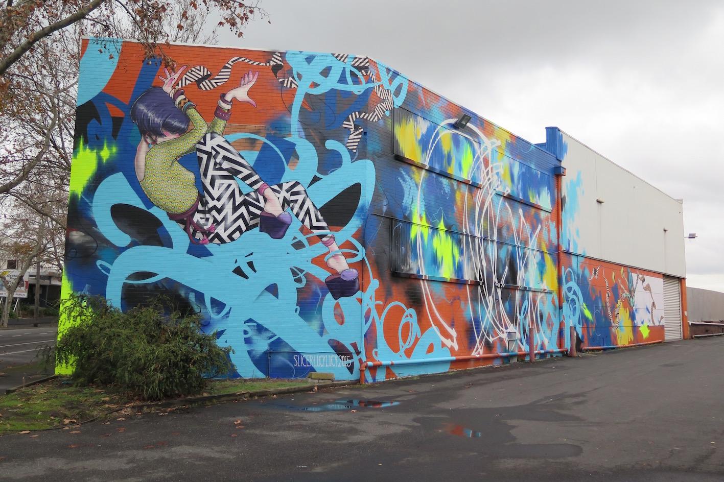 deansunshine_landofsunshine_melbourne_streetart_graffiti_invurt top ten 51 3 Lucy Lucy Slicer
