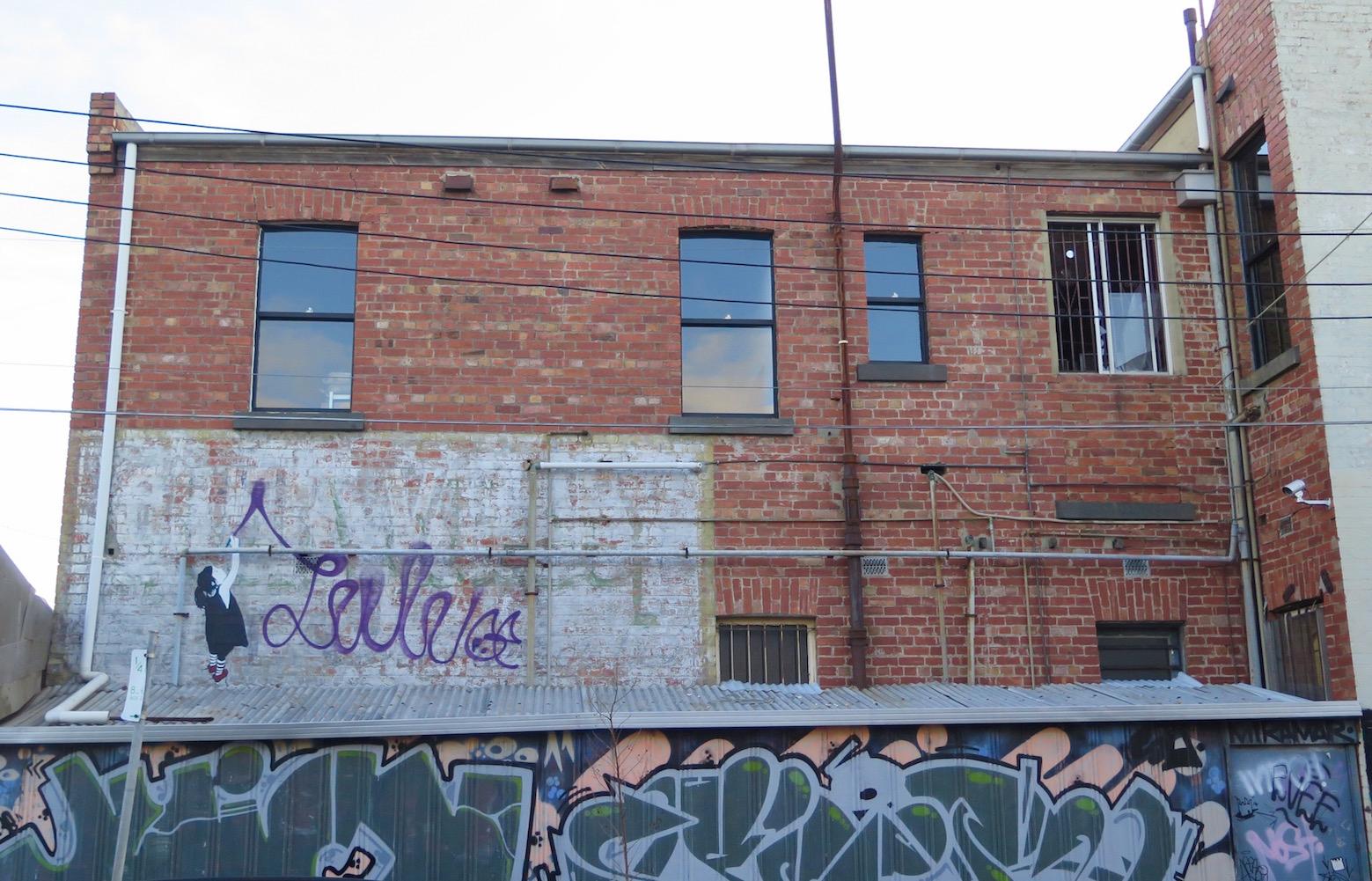 deansunshine_landofsunshine_melbourne_streetart_graffiti_invurt top ten 53 5 Be Free Brunswick