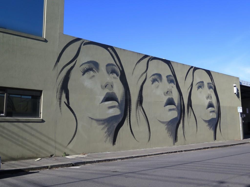deansunshine_landofsunshine_melbourne_streetart_graffiti_invurt top ten 56 6 RONE 6