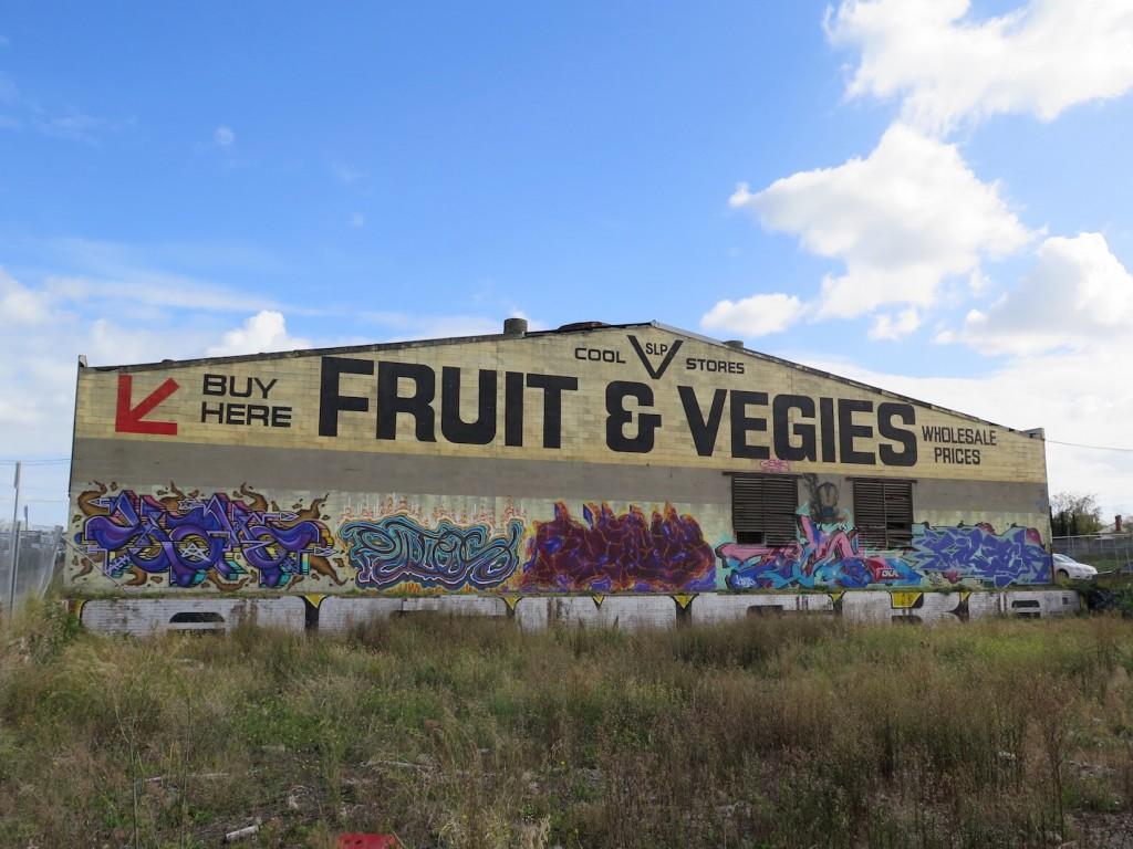 deansunshine_landofsunshine_melbourne_streetart_graffiti_Footscray Fruit & Vegies 7