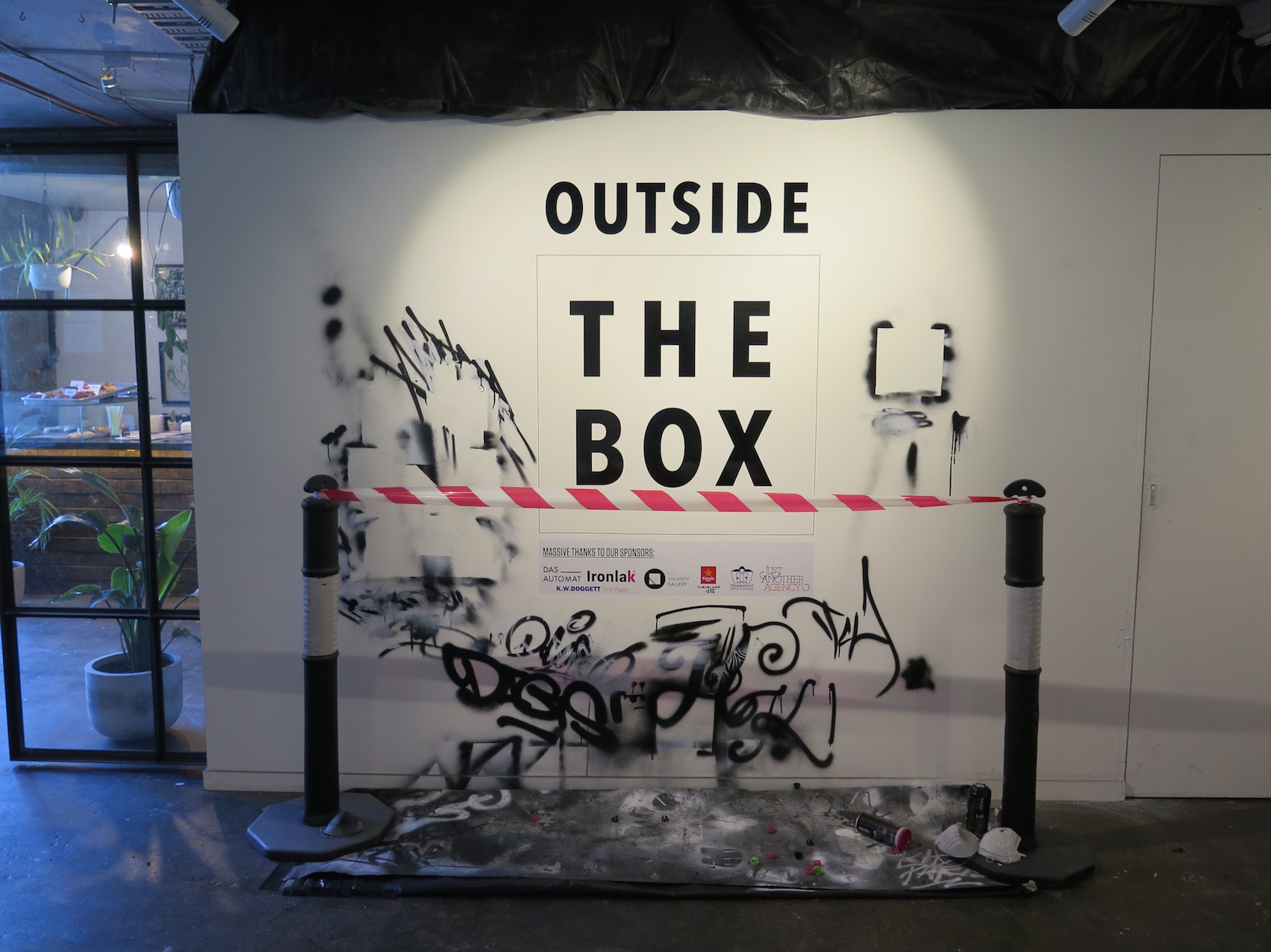 deansunshine_landofsunshine_melbourne_streetart_outside_the_box-1