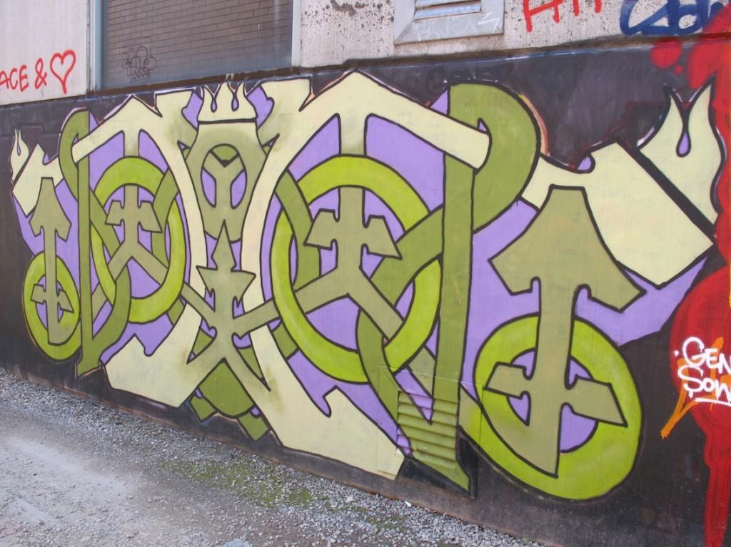 deansunshine_landofsunshine_melbourne_streetart_graffiti_stkilda sunday 14