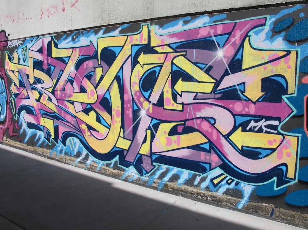 deansunshine_landofsunshine_melbourne_streetart_graffiti_stkilda sunday 5