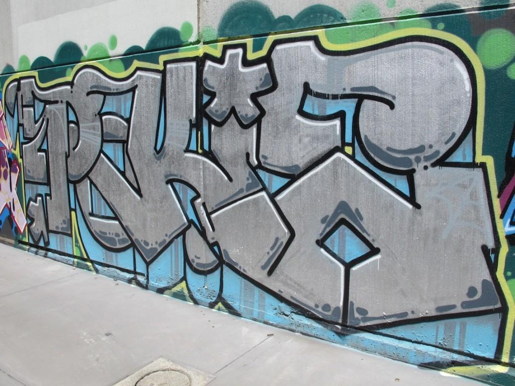 deansunshine_landofsunshine_melbourne_streetart_graffiti_stkilda sunday 7