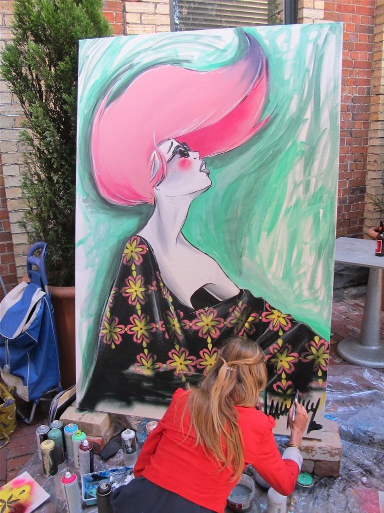 deansunshine_landofsunshine_melbourne_streetart_graffiti_LUCYLUCY live paint 6