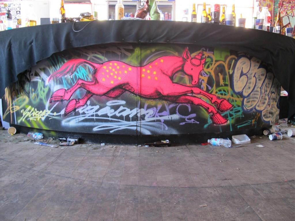 deansunshine_landofsunshine_melbourne_streetart_graffiti_PULL UP 2