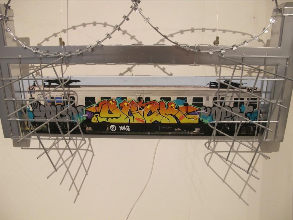 deansunshine_landofsunshine_melbourne_streetart_graffiti_rolling canvas 1