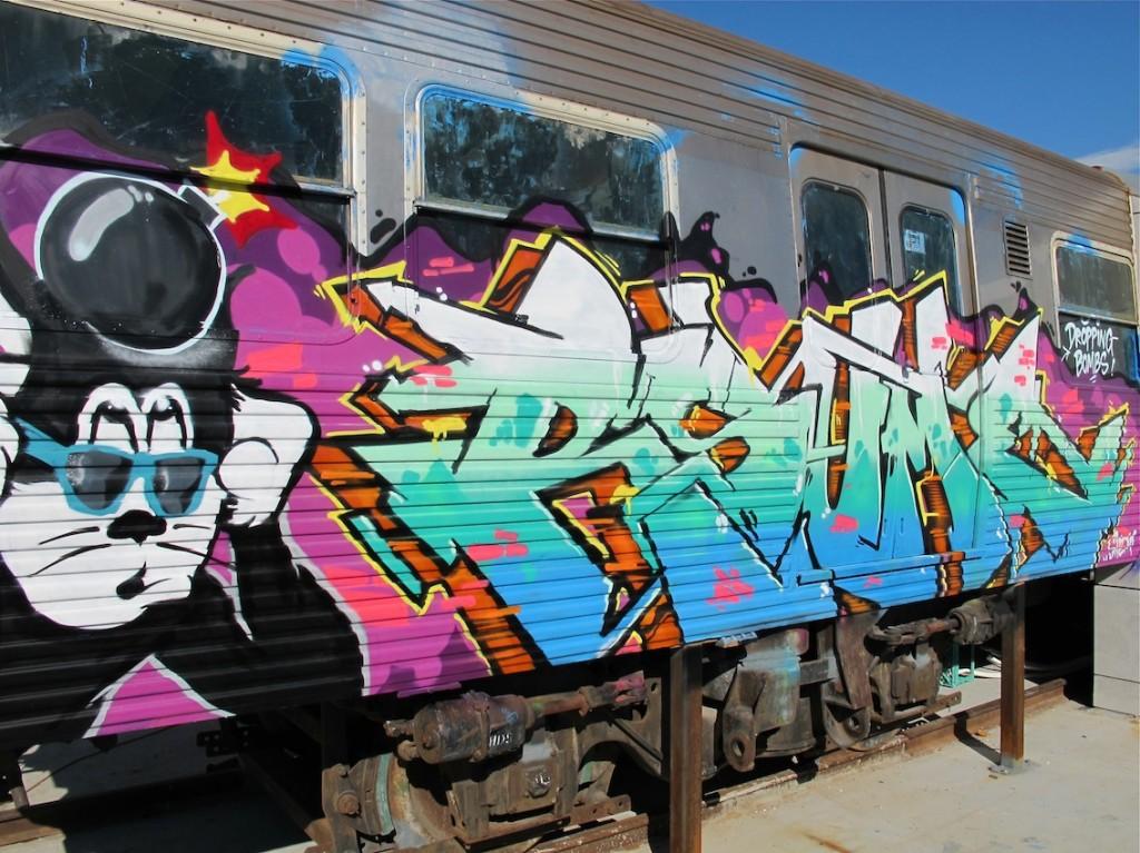 deansunshine_landofsunshine_melbourne_streetart_graffiti_craned trains bombed again 10