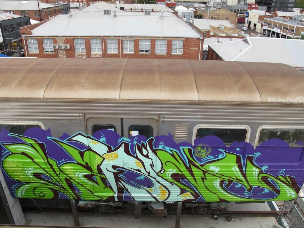 deansunshine_landofsunshine_melbourne_streetart_graffiti_craned trains bombed again 16