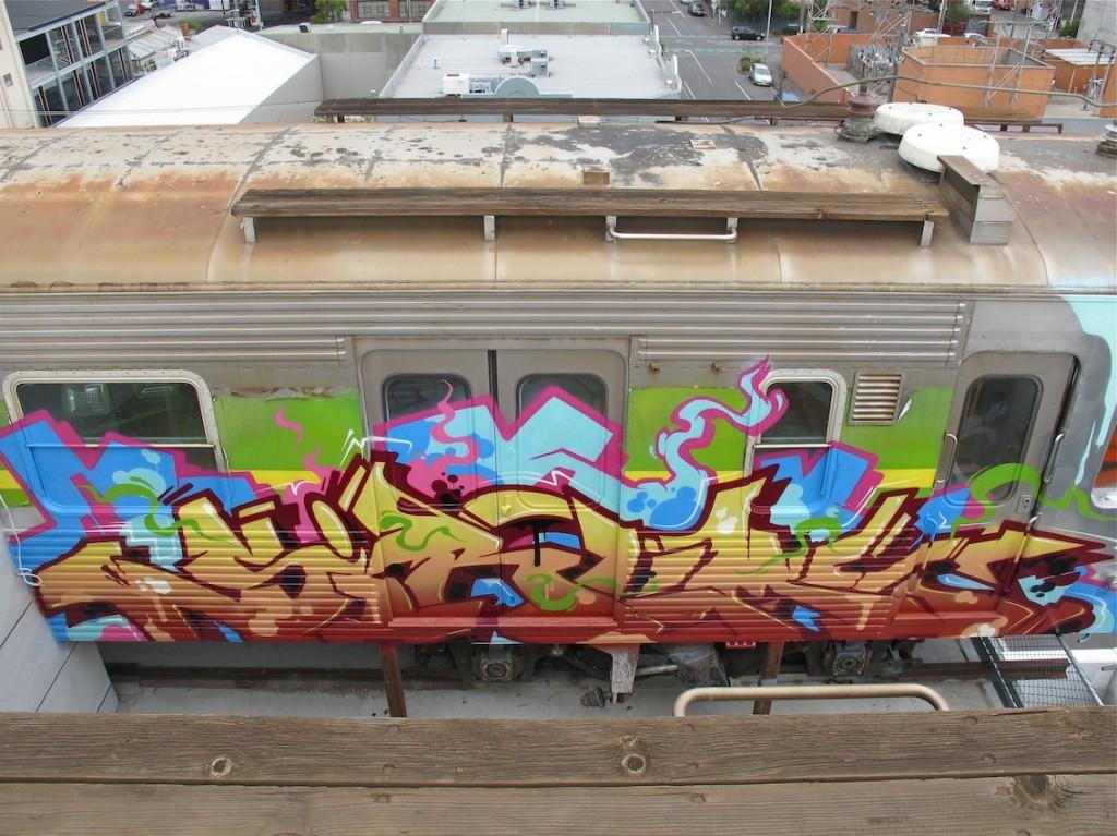 deansunshine_landofsunshine_melbourne_streetart_graffiti_craned trains bombed again 3