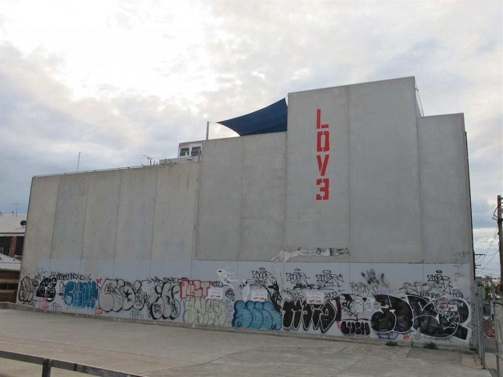 deansunshine_landofsunshine_melbourne_streetart_graffiti_LOVE melbourne 5