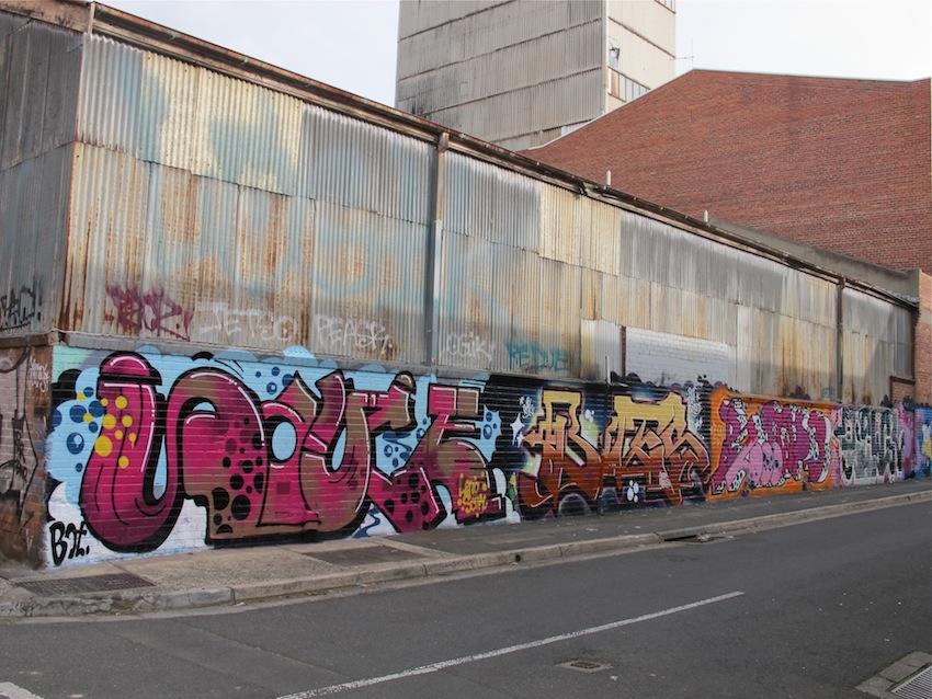 deansunshine_landofsunshine_melbourne_streetart_graffiti_northumberland st 2014 1