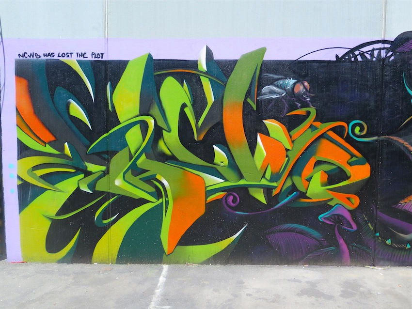 deansunshine_landofsunshine_melbourne_streetart_graffiti_brunswick paint up 10
