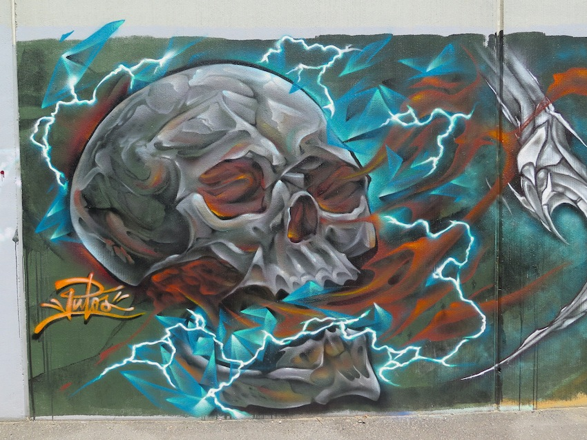 deansunshine_landofsunshine_melbourne_streetart_graffiti_brunswick paint up 4
