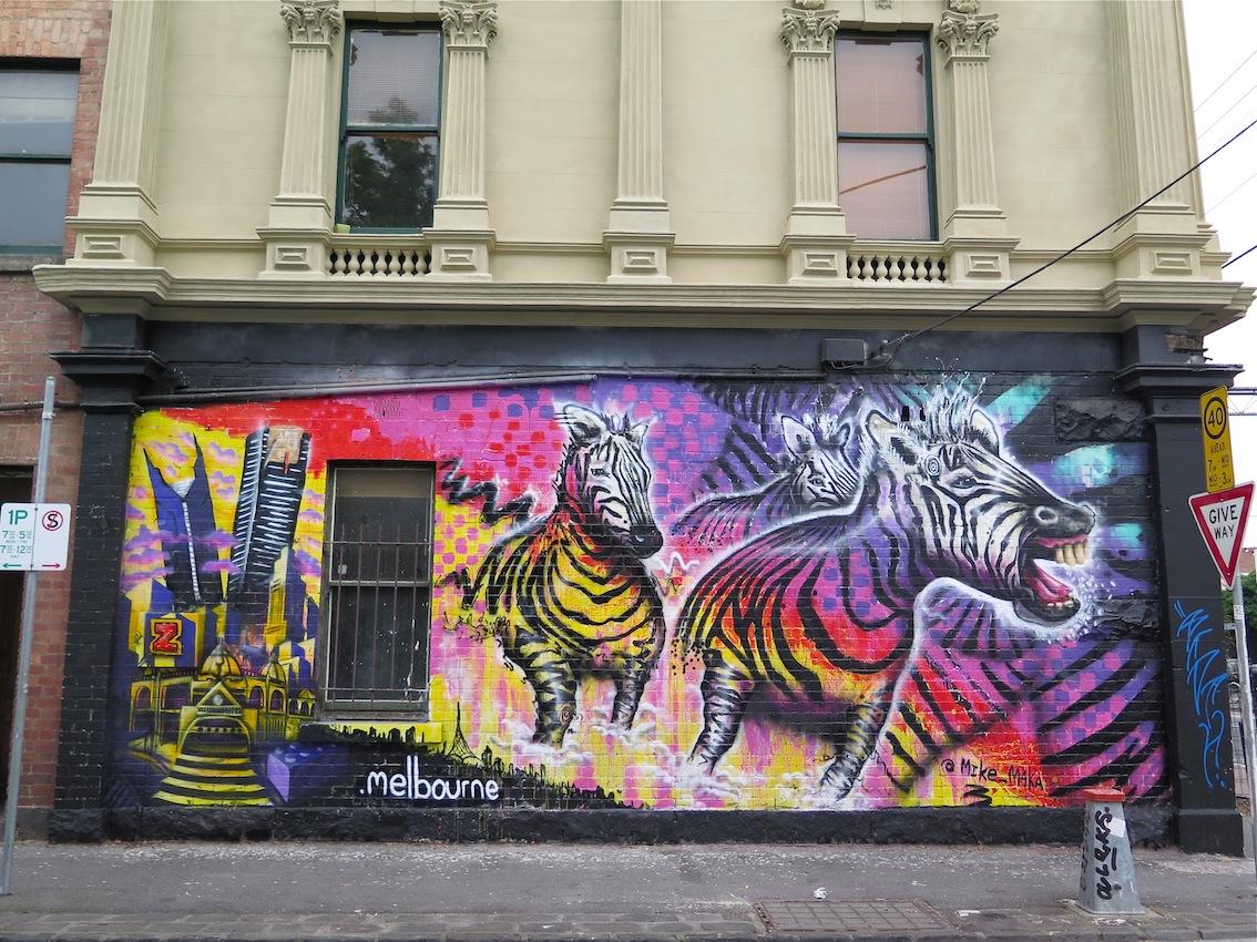 deansunshine_landofsunshine_melbourne_streetart_graffiti_invurt top ten 44 3 makatron