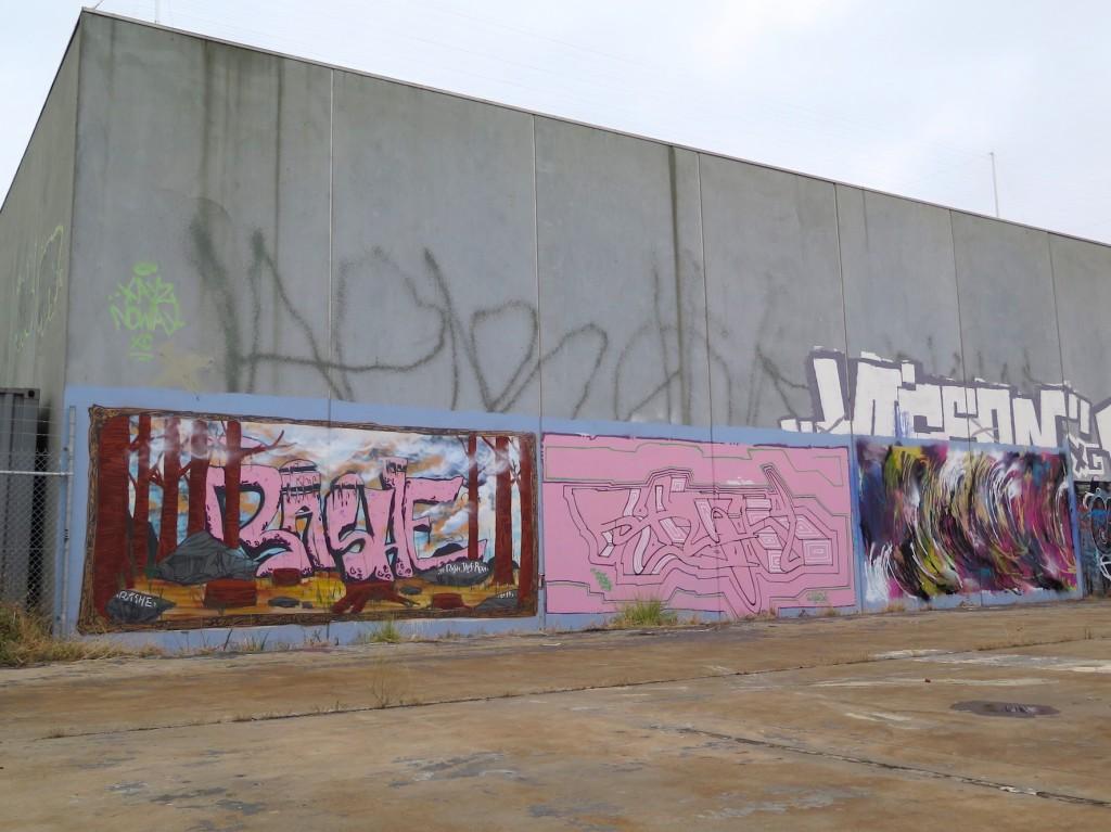 deansunshine_landofsunshine_melbourne_streetart_graffiti_ three mates in pt melb 5