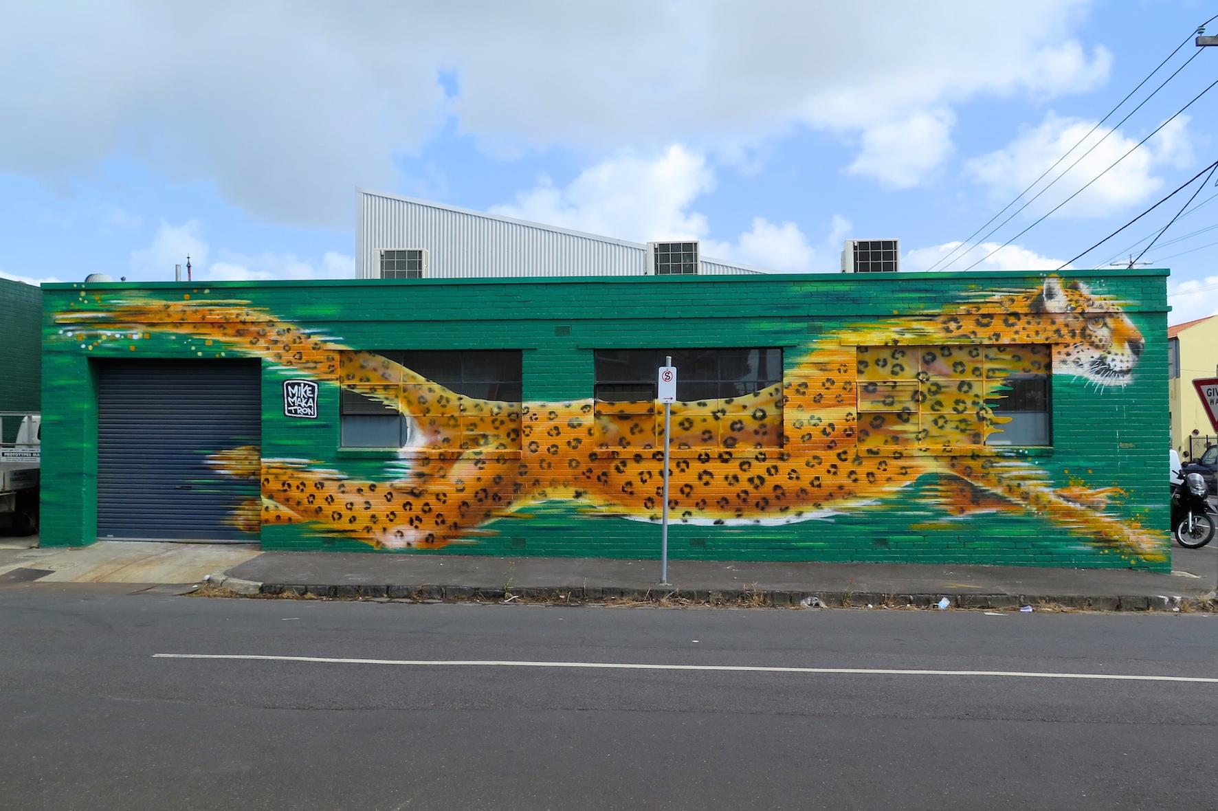 deansunshine_landofsunshine_melbourne_streetart_graffiti_invurt top ten 48 3 Makatron