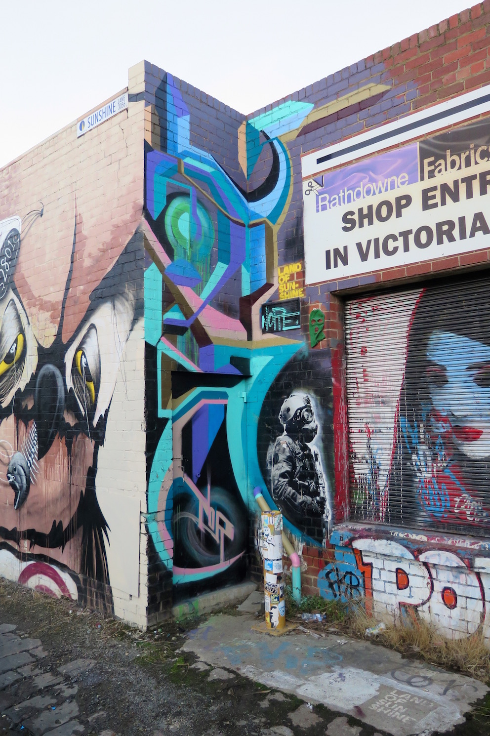 deansunshine_landofsunshine_melbourne_streetart_graffiti_invurt top ten 51 8 Nor