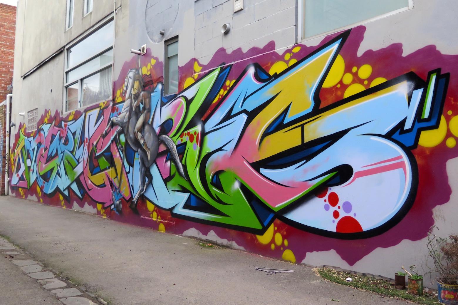 deansunshine_landofsunshine_melbourne_streetart_graffiti_invurt top ten 52 2Ling