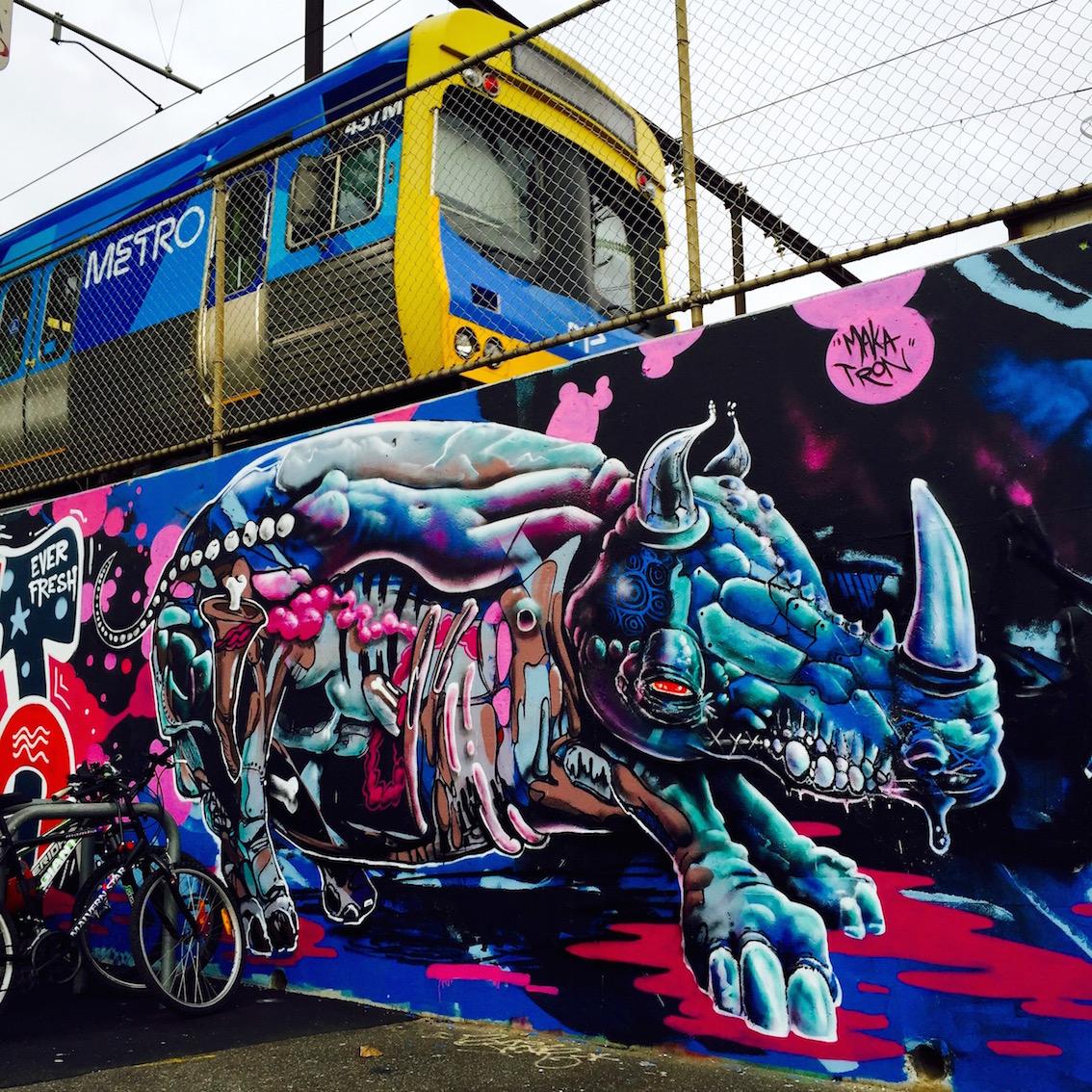deansunshine_landofsunshine_melbourne_streetart_graffiti_invurt top ten 52 9 Makatron Cruel