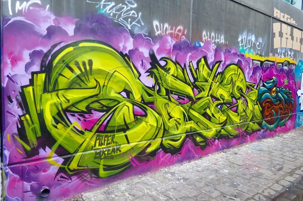 deansunshine_landofsunshine_melbourne_streetart_graffiti_invurt top ten 53 7 Sofles Putos Fitzroy