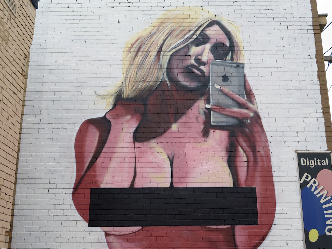 deansunshine_landofsunshine_melbourne_streetart_graffiti_lush v kim kardashian 3