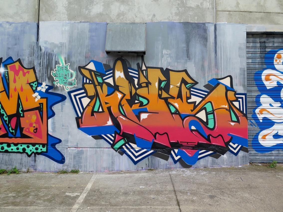deansunshine_landofsunshine_melbourne_streetart_graffiti_southside graffiti 3