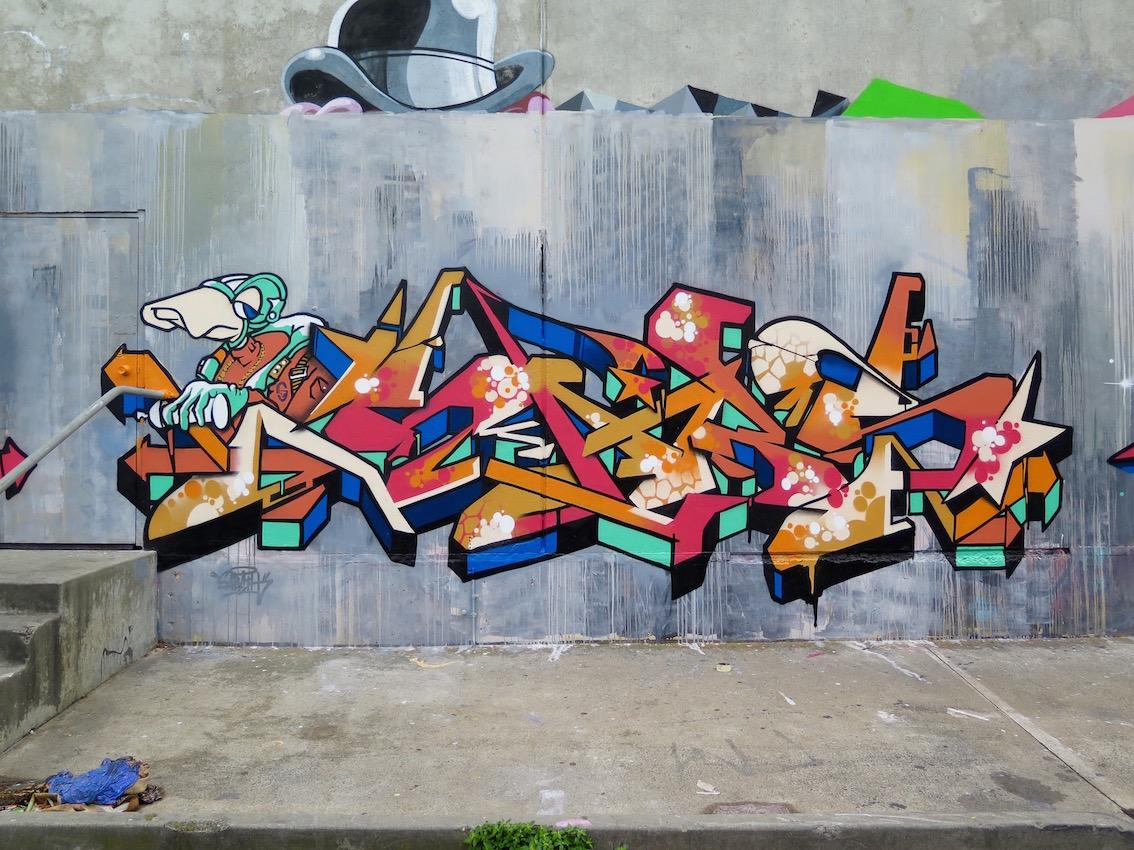 deansunshine_landofsunshine_melbourne_streetart_graffiti_southside graffiti 5