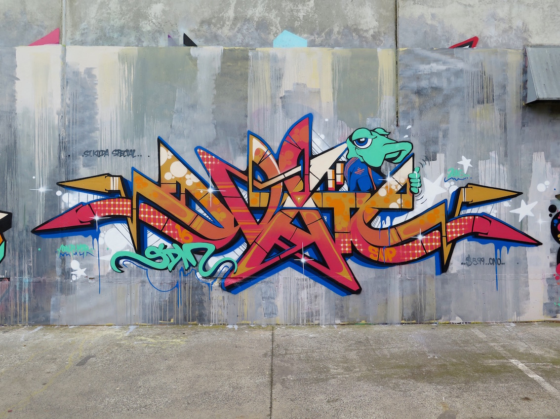 deansunshine_landofsunshine_melbourne_streetart_graffiti_southside graffiti 6