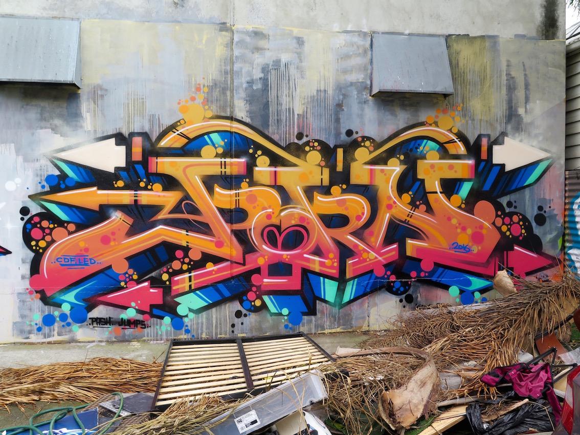 deansunshine_landofsunshine_melbourne_streetart_graffiti_southside graffiti 7