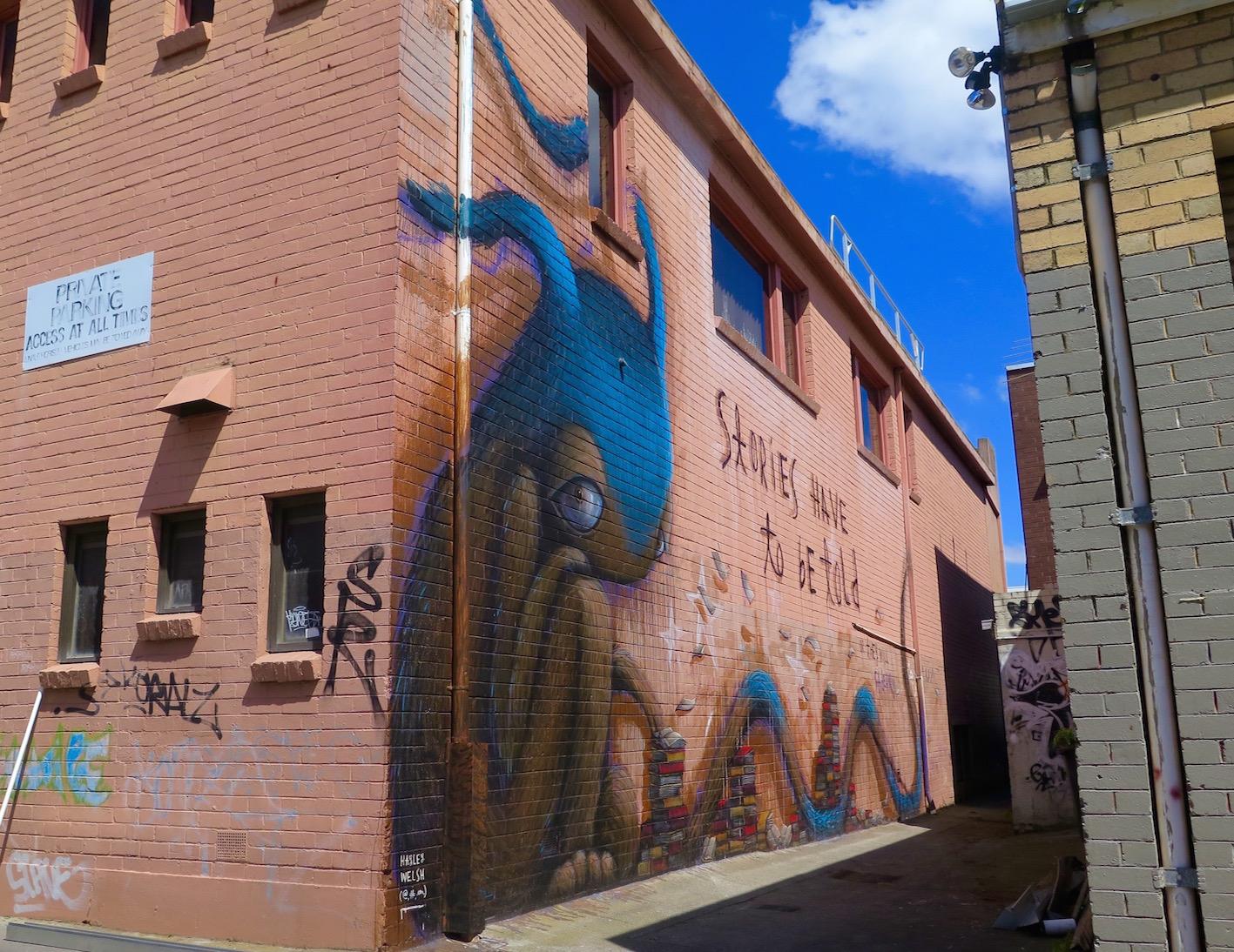 deansunshine_landofsunshine_melbourne_streetart_graffiti_eastland urban art project 12 hayley welsh 1
