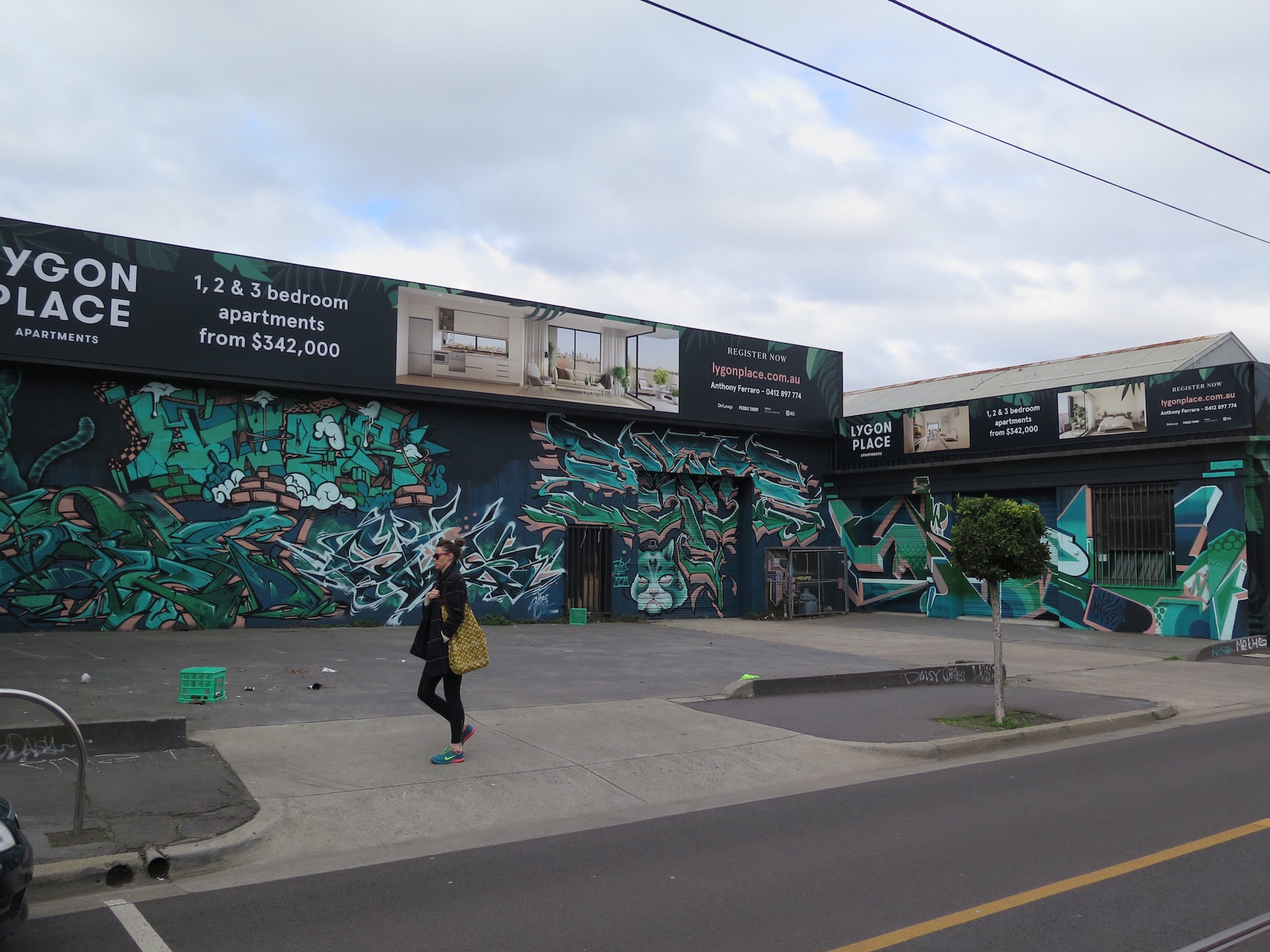 deansunshine_landofsunshine_melbourne_streetart_graffiti_lygon place graff takeover 4