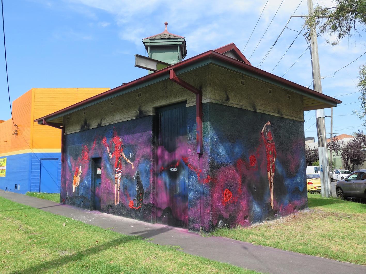 deansunshine_landofsunshine_melbourne_streetart_graffiti_UrbanCakeLady RSUME 1